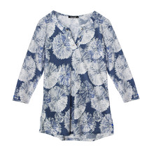Twist Blue & White Pattern Loose V-Neck Top