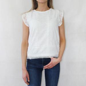 Zapara White Lace Round Neck Top