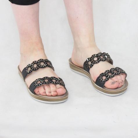 Lotus Diamante Black Slip On Sandals