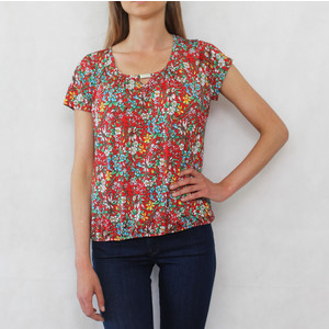 Zapara Bordeaux Floral Round Neck Top