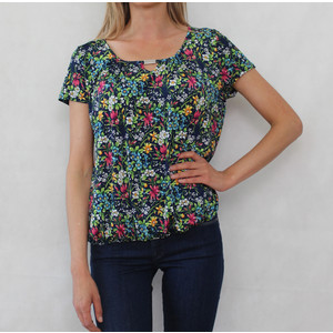 Zapara Navy Floral Round Neck Top