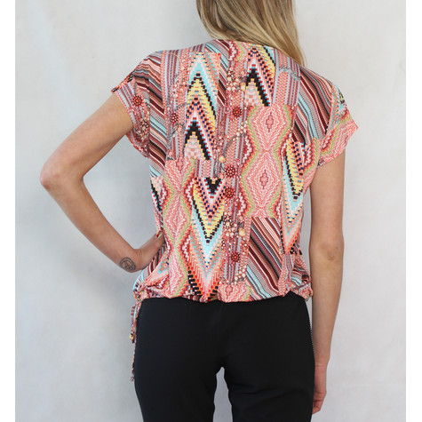 SophieB Coral & Yellow Diamond Pattern Zip Detail Top