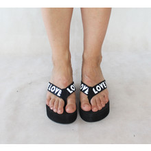 Chic Nana Black Sandal White Love Text