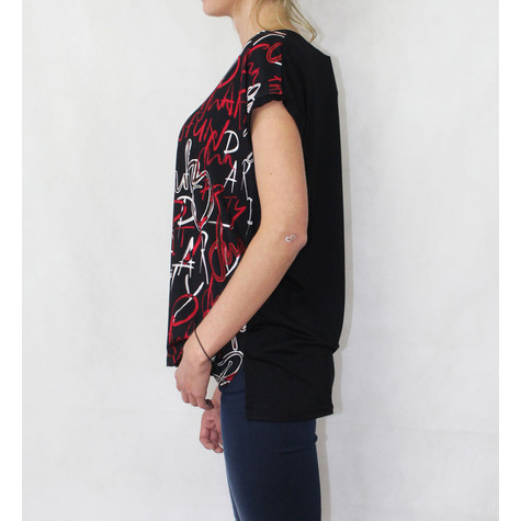 SophieB Lettering Print Red & black Top