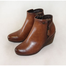 Susst Tan Zip Up Ankle Wedge Boots