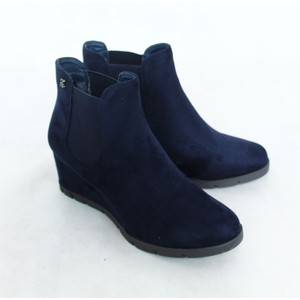 Refresh Navy Suede Wedge Boots
