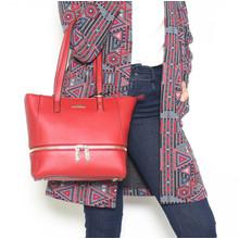 Hampton Red Shopper Zip Accessory Bag