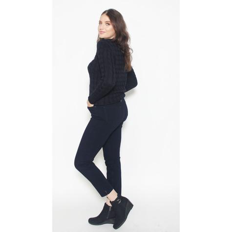 Twist Navy V-Neck Knit