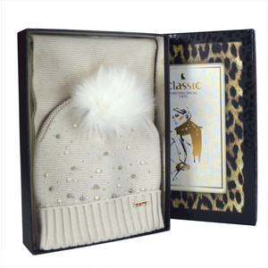 Something Special Cream Pearl Detail Hat & Scarf Gift Set