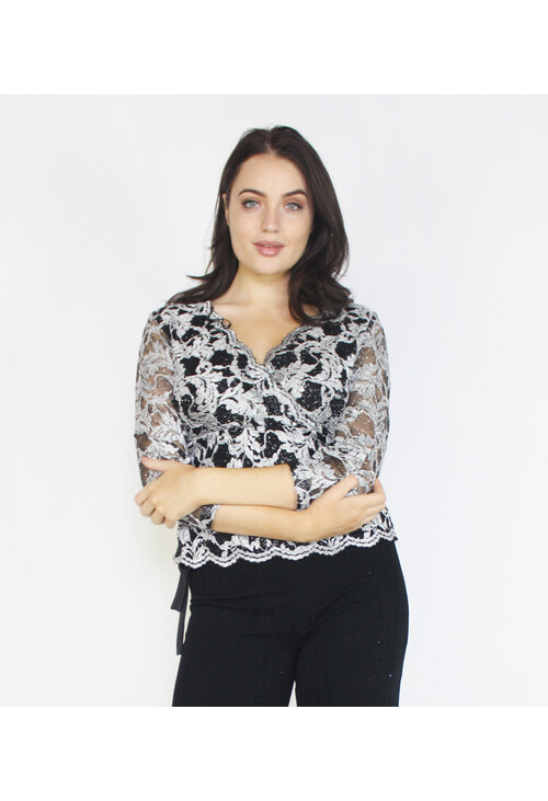 Ronni Nicole Silver & Black Metallic Floral Pattern Top