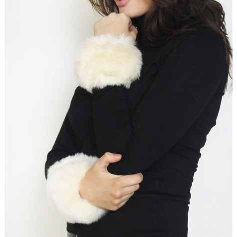 Fashion Kingdom Off White Faux Fur Wrist Warmer
