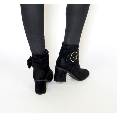 Girlhood Black Large Buckle Boots