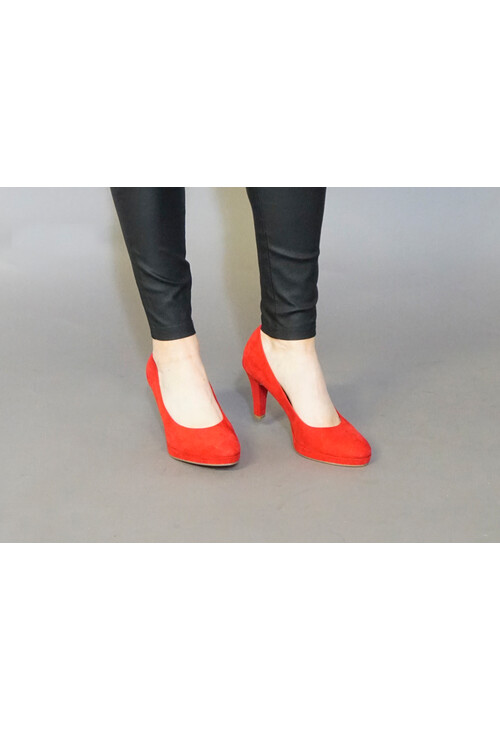 Marco Tozzi Red Suede Heels