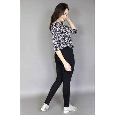 Zapara Black Floral Sweetheart Blouse