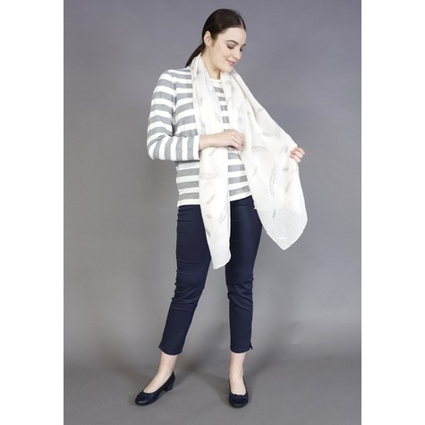 Best Angel Off White Ribbed Silver Flower Pattern Scarf