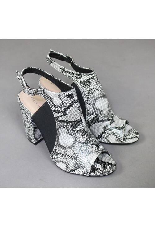 Ideal Shoes Black \u0026 White Snake Print