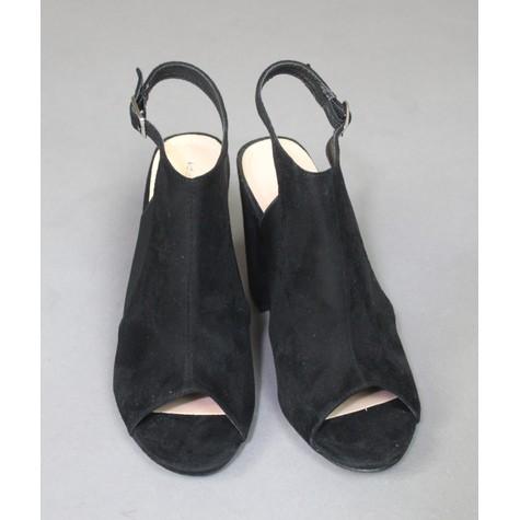 Ideal Shoes Black Strap Heels