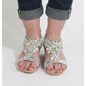 Pamela Scott Silver Floral Detail Sandal