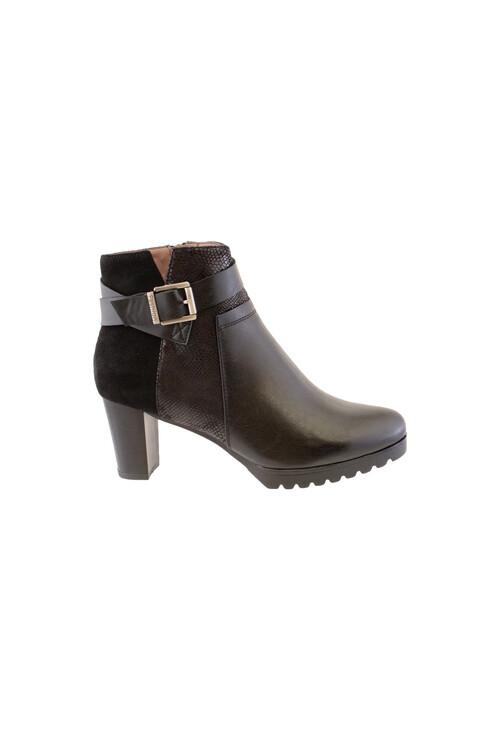 Susst Black Block Heel Plain Front Ankle Boot