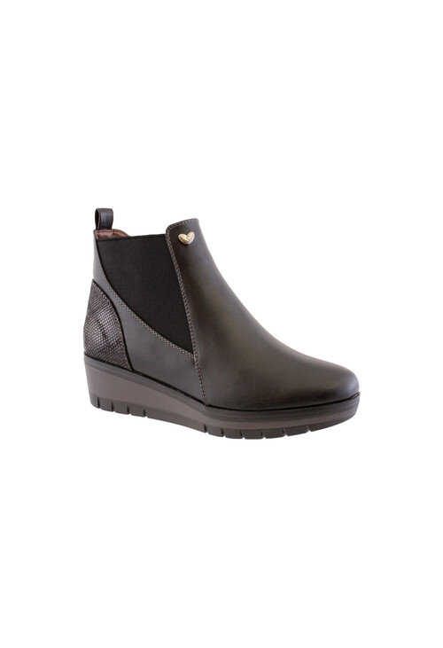Susst Black Chelsea Style Low Wedge Boot