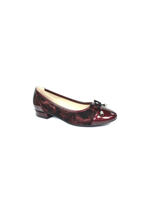 Lunar Burgundy Flat Pump with Patent Toe