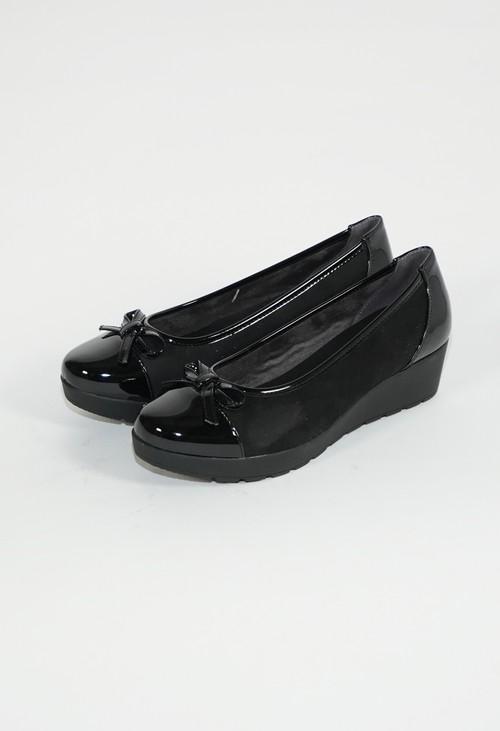 Pamela Scott Burgundy Low Wedge Cap Toe Shoe