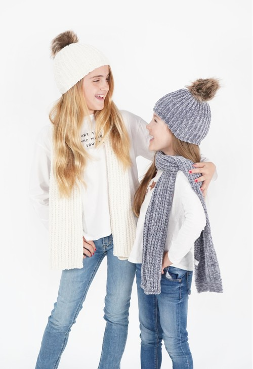 Pulse & Sparkle Kids Cream Hat and Scarf Set