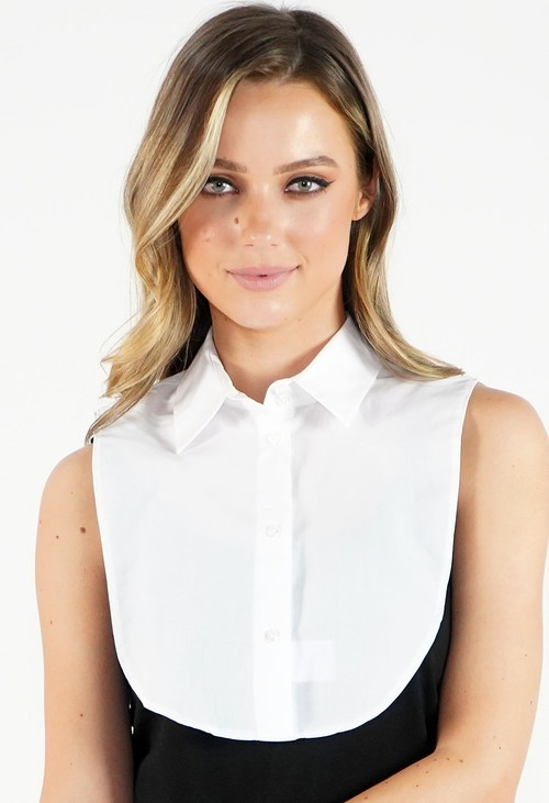 Twist Plain White Collar Bib