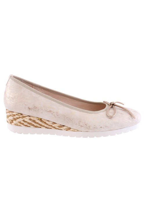 Susst Soft Shimmer Light Gold Casual Wedge Shoe