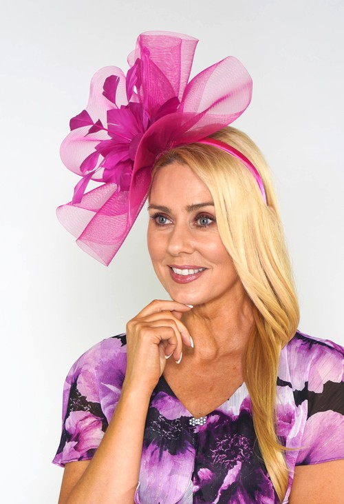 Maddox Fuschia Flower Detail Fascinator