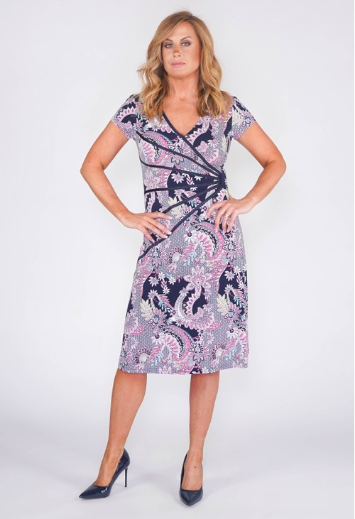 Connected PANEL FRONT DRESS IN A NAVY AND PINK PAISLEY PRINT
